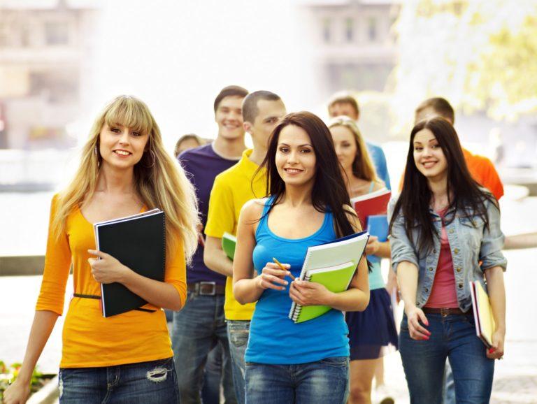 Подработка для девушек студенток