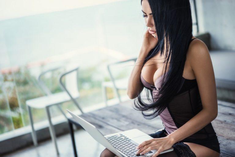 Видеочат рулетка с девушками онлайн