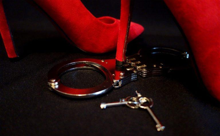 Опасные фетиши и сексуальные забавы